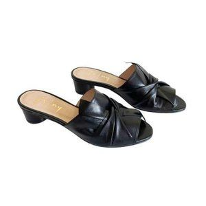 French Sole Beach Black Nappa Leather Sandals Sz 8